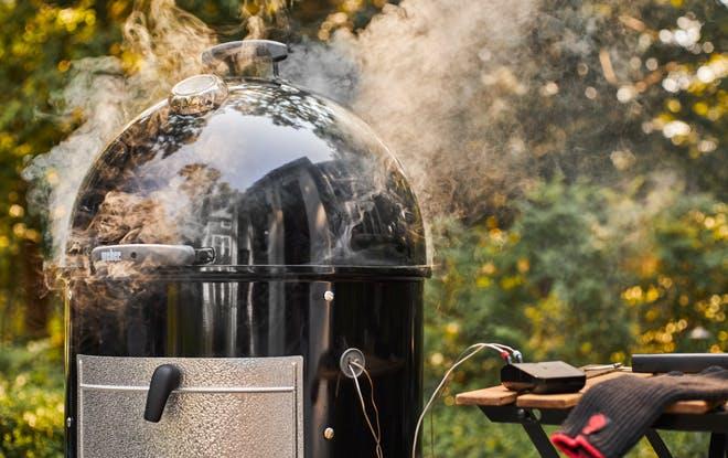 Smokey Mountain Cooker Smoker
